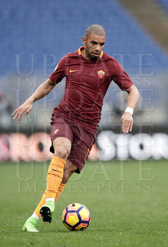 Roma's Bruno Peres in action during the Serie A soccer match between Roma and Napoli at the Olympic stadium, 4 March 2017.<br /> UPDATE IMAGES PRESS/Isabella Bonotto