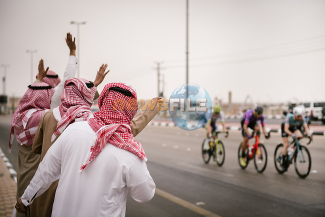 The breakaway pass by during Stage 2 of the Saudi Tour 2020 running 187km from Sadus Castle to Al Bujairi, Saudi Arabia. 5th February 2020. <br /> Picture: ASO/Pauline Ballet | Cyclefile<br /> All photos usage must carry mandatory copyright credit (© Cyclefile | ASO/Pauline Ballet)