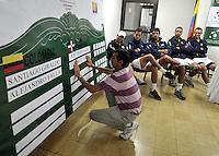 CALI - COLOMBIA – 03-04-2014: Carlos Diaz, juez, durante sorteo de la Copa Davis entre los equipos de Colombia y Republica Dominicana, en el que quedaron definidos el orden de los partidos, a primera hora juegan Santiago Giraldo  de Colombia y Jose Hernandez de Republica Dominicana y a segunda hora juegan Alejandero Falla de Colombia y Victor Estrella de Republica Dominicana, partidos de la serie final del Grupo I de la Zona Americana de Copa Davis por BNP Paribas. / Carlos Diaz, judge, during the Davis Cup draw between teams from Colombia and the Dominican Republic, which were defined by the matches, early play Santiago Giraldo of Colombia and Jose Hernandez of the Dominican Republic and second hour playing Alejandro Falla of Colombia and Victor Estrella of Dominican Republic, the final series of matches in Group I of the American Zone Davis Cup by BNP Paribas./ Photo: VizzorImage / Luis Ramirez / Staff.