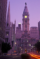 AJ4297, Philadelphia, downtown, city hall, Pennsylvania, City Hall in downtown Philadelphia at night in the state of Pennsylvania.