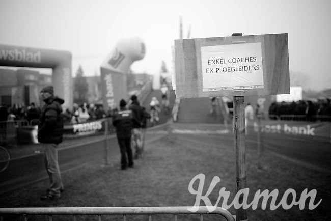 """""""cage"""" for coaches and sports directors only<br /> <br /> Flandriencross Hamme 2014"""