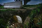 Chemin fermé arrivant sur Ferney-Votaire en France pour cause de la pandémie du coronavirus. Genève Mai 2020. ©Nicolas Righetti/lundi13