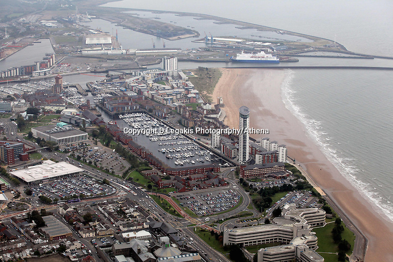 Pictured: Swansea Marina, Meridian Quay block of flats and the Swansea to Cork ferry in the docks. 16 September 2011<br />