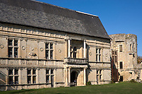 Europe/France/Midi-Pyrénées/46/Lot/Assier: le Château- la façade intérieure