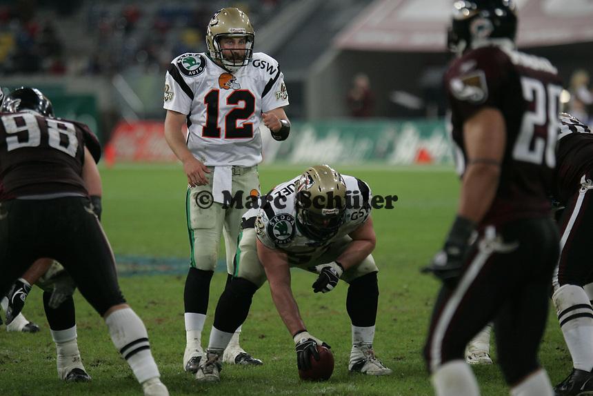Joel Rodriguez (Center) und Lang Campbell (Quarterback beide Berlin Thunder)