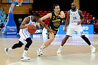 24-03-2021: Basketbal: Donar Groningen v Landstede Hammers: Groningen, Donar speler Jarred Ogungbemi-Jackson in duel met Landstede speler Nigel van Oostrum