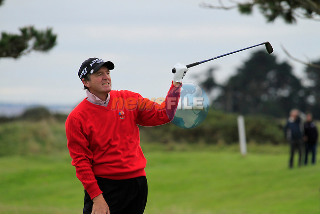 Des Smyth sends his 3rd shot left on the 18th hole during Day 3 of the 100th Irish PGA championship at Seapoint Golf Club, Co Louth...Picture Eoin Clarke/www.golffile.ie.