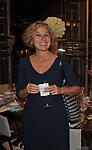 GIOVANNA MELANDRI<br /> CHARITY DINNER VILLA LETIZIA 2009 ORGANIZZATO DA EMMA BONINO