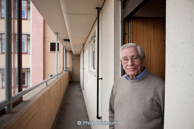 Stan Passmore (87) has lived in his flat on the Regents Park Estate in West Euston since 1961. His block, Eskdale, will be demolished when work begins on the HS2 high-speed rail line to Birmingham in 2016.
