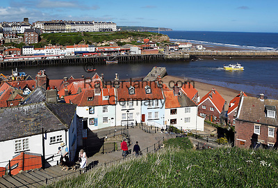 Great Britain, England, North Yorkshire, Whitby: View over the Old Town and River Esk to the West Cliff