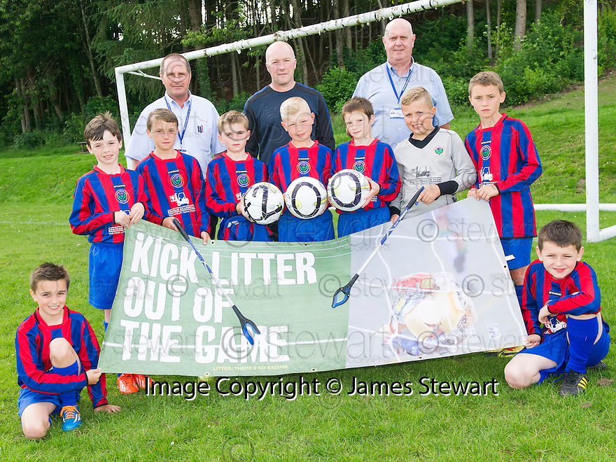 Litter Strategy Football Litter Awards 2014 : Steins Thistle Club, one of the two winning football clubs, who participated in the pilot Football Litter Campaign.
