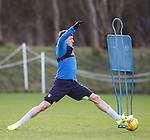 Rob Kiernan stretching for the pass
