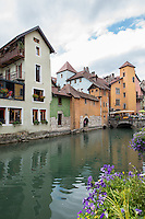 France, Annecy. Rhone-Alpes, Haute-Avoie. The Venice of Savoie, north of the French Alps. Canals of Annecy.