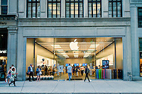 Busy Apple store on Walnut Street, Philadelphia, PA, USA