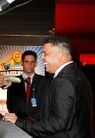SÃO PAULO,SP,05 DEZEMBRO 2011 -PREMIO CRAQUE BRASILEIRO 2011<br />  O ex jogador Ronaldo durante entrega do premio craque do brasileiro 2011 no auditorio do Ibirapuera na zona sul de São Paulo.FOTO ALE VIANNA - NEWS FREE.