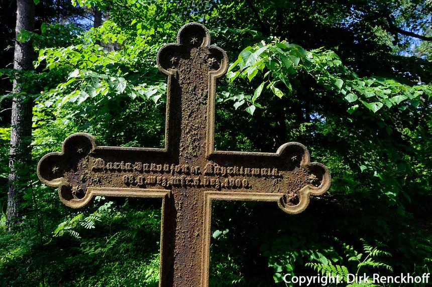 Friedhof von Mazirbe, Lettland, Europa