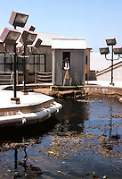 Monterey CA: Monterey Bay Aquarium. Esherick, Homsey, Dodge & Davis, 1984.  Photo '85.