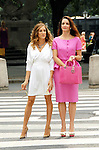 """Sarah Jessica Parker and Kristin Davis on location for """"Sex and the City 2"""" in New York City."""