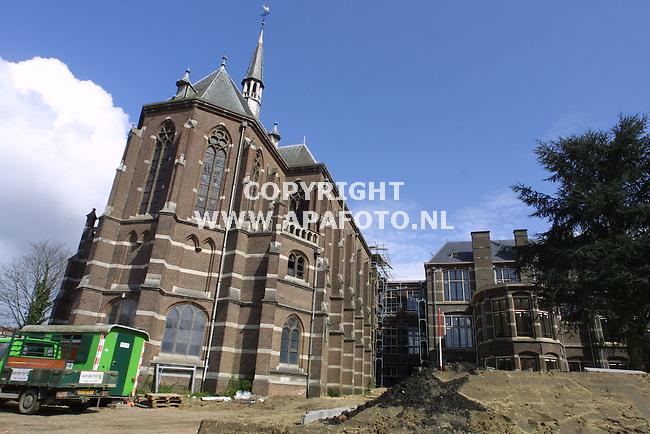 arnhem 180401 renovatie elisabeth gasthuis<br />de kapel is geintegreerd in het totale gebouw. maar hoort niet bij het project.<br />foto frans ypma APA-foto