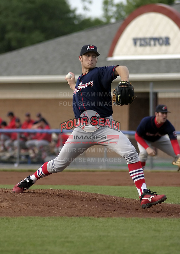 June 25, 2004:  Pitcher Donnie Smith of the New Jersey Cardinals, Short-Season Low-A NY-Penn League affiliate of the St. Louis Cardinals, during a game at Dwyer Stadium in Batavia, NY.  Photo by:  Mike Janes/Four Seam Images