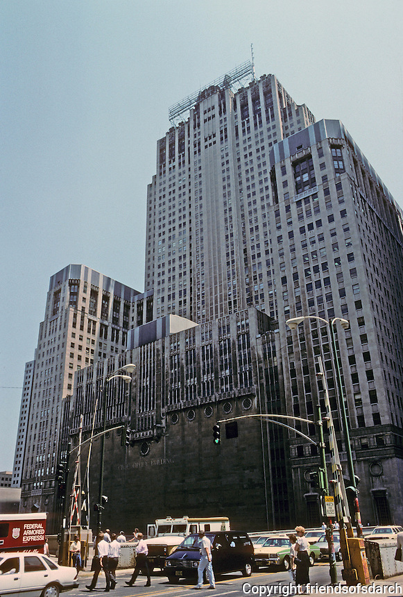 Chicago: Civic Opera Building, 1929, 20 N. Wacker. Graham, Anderson, Probst & White. This displaced and led to the closig of the Auditorium Building. Chicago River facade from Adams St. to Bridge.