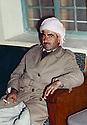 Iraq 1963 .Mustafa Barzani.Irak 1963.Mustafa Barzani