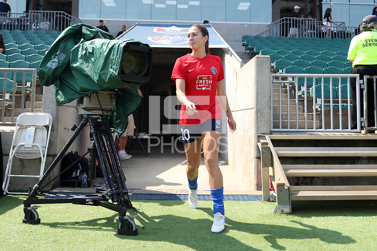 CARY, NC - SEPTEMBER 12: Lindsay Agnew #20 of the North Carolina Courage takes the field before a game between Portland Thorns FC and North Carolina Courage at Sahlen's Stadium at WakeMed Soccer Park on September 12, 2021 in Cary, North Carolina.