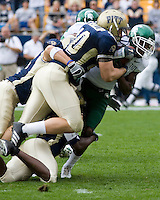 16 September 2006: Pitt linebacker Scott McKillop (40)..The Michigan State Spartans defeated the Pitt Panthers 38-23 on September 16, 2006 at Heinz Field, Pittsburgh, Pennsylvania.
