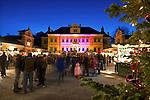 Oesterreich, Salzburger Land, Salzburg: Hellbrunner Adventzauber, Weihnachtsmarkt beim Schloss Hellbrunn | Austria, Salzburger Land, Salzburg: Christmas Market at Castle Hellbrunn