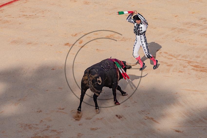 europe,spain,navarra,Pamplona,banderilleroi n the corrida