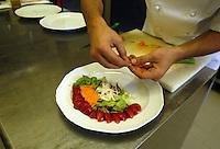 Preparazione dei piatti. Preparing of the dishes..