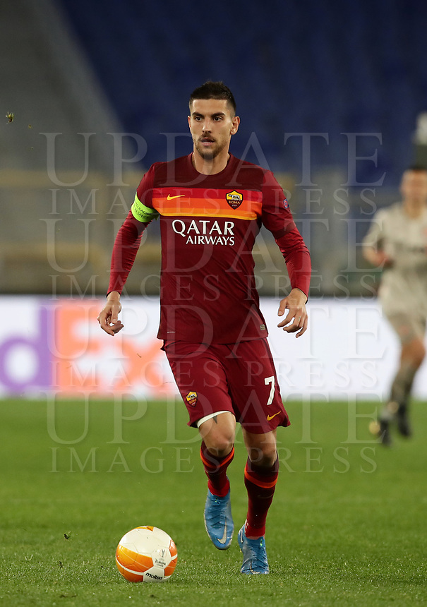Football Soccer: Europa League -Round of 16 1nd leg AS Roma vs FC Shakhtar Donetsk, Olympic Stadium. Rome, Italy, March 11, 2021.<br /> Roma's captain Lorenzo Pellegrini in action during the Europa League football soccer match between Roma and  Shakhtar Donetsk at Olympic Stadium in Rome, on March 11, 2021.<br /> UPDATE IMAGES PRESS/Isabella Bonotto