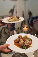 Europe/Voïvodie de Petite-Pologne/Cracovie:Roulade de biche au restaurant du Manoir Kosciuszko