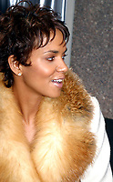 Halle Berry 11/5/2002<br /> Photo By John Barrett/PHOTOlink