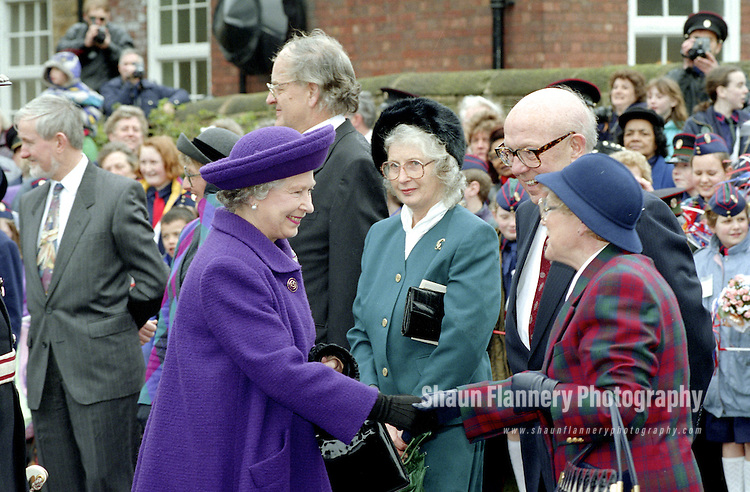 Pix: Shaun Flannery/shaunflanneryphotography.com<br /> <br /> COPYRIGHT PICTURE>>SHAUN FLANNERY>01302-570814>>07778315553>><br /> <br /> 25th March 1994.<br /> HRH The Queen visits the Church Lads' and Church Girls' Brigade headquarters at Wath-upon-Dearne nr. Rotherham as part of her visit to South Yorkshire.