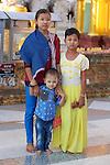 Family, Shwedagon Pagoda