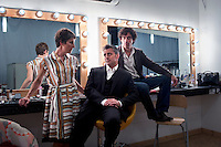 UK. London. 28th June  2010.Tamsin Greig, Matt LeBlanc and Stephen Mangan, the stars of a new tv show, Episodes..©Andrew Testa for the New York Times