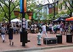 Juggler, Pearl Street Mall, Boulder.