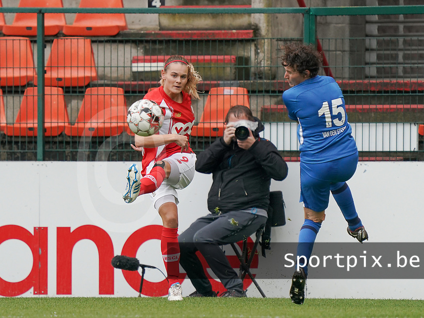 Standard's Sylke Calleeuw (9) and Genk's Lotte Van Den Steen (15) in action during a female soccer game between Standard Femina de Liege and KRC Genk Ladies  on the third matchday of the 2020 - 2021 season of Belgian Womens Super League , Saturday 3 rd of October 2020  in Liege , Belgium . PHOTO SPORTPIX.BE | SPP | SEVIL OKTEM