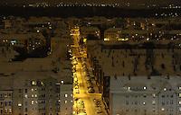 Nachtaufnahme Luftbild Winter Leipzig Stadtansicht - Straße PArksituation / Südvorstadt / Weihnachten / Heizkosten / Heizperiode / kalt .Foto: Norman Rembarz .