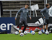 Robin Koch (Deutschland Germany)<br /> - 05.10.2020: Training der Deutschen Nationalmannschaft, Suedstadion Koeln<br /> DISCLAIMER: DFB regulations prohibit any use of photographs as image sequences and/or quasi-video.