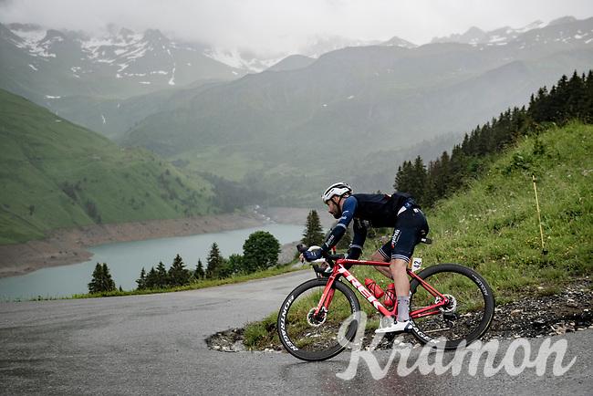 Julien Bernard (FRA/Trek - Segafredo) descending the Col du Pré (HC/1748m) towards the Barrage de Roselend in, yet again, grim conditions.<br /> <br /> Stage 9 from Cluses to Tignes (145km)<br /> 108th Tour de France 2021 (2.UWT)<br /> <br /> ©kramon