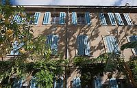 Europe/Provence-Alpes-Côte d'Azur/83/Var/Saint-Tropez: Détail de la Maison provençale de la Poterie Augier rue Clémenceau- rue Clémenceau