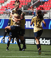 Chile, Chillan::Usa's Sydney Leroux soccer players celebrate second  goal against France's team during the match of the Fifa U-20 Women¥s World Cup at the Nelson Oyarz˙n stadium in Chill·n, on November the ninth 2008 2008. . GROSNIA / sergio Araneda