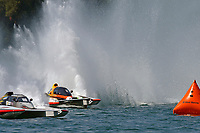 """Kent Henderson, H-777 """"Snyder's Steeler Team Toban"""", Dylan Runne, H-12 """"Pleasure Seekers""""        (H350 Hydro)"""