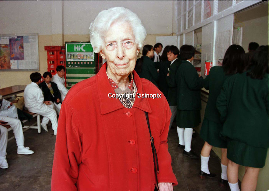 180597: HONG KONG: ELSIE TU: <br /> <br /> Elsie Tu, the only British person on the SAR poses ar her school in Kowloon, hong Kong.