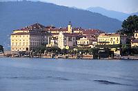 - Maggiore Lake, Borromee Islands, Isola Bella....- Lago Maggiore, Isole Borromee, isola Bella