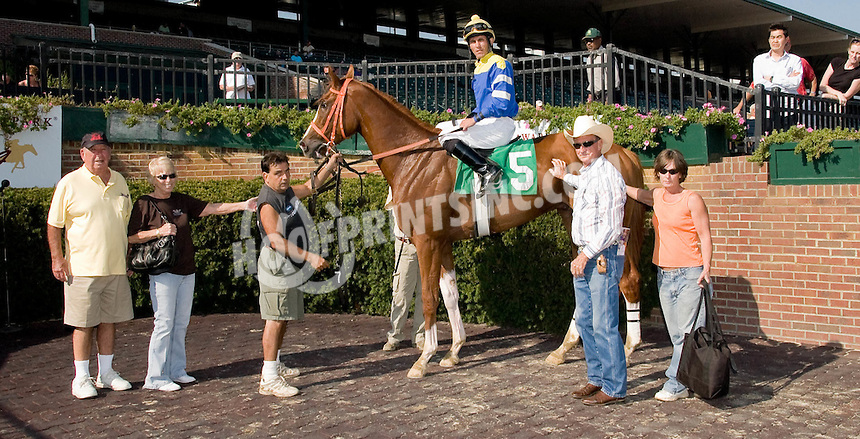 Code Name Noah winning at Delaware Park on 9/13/10