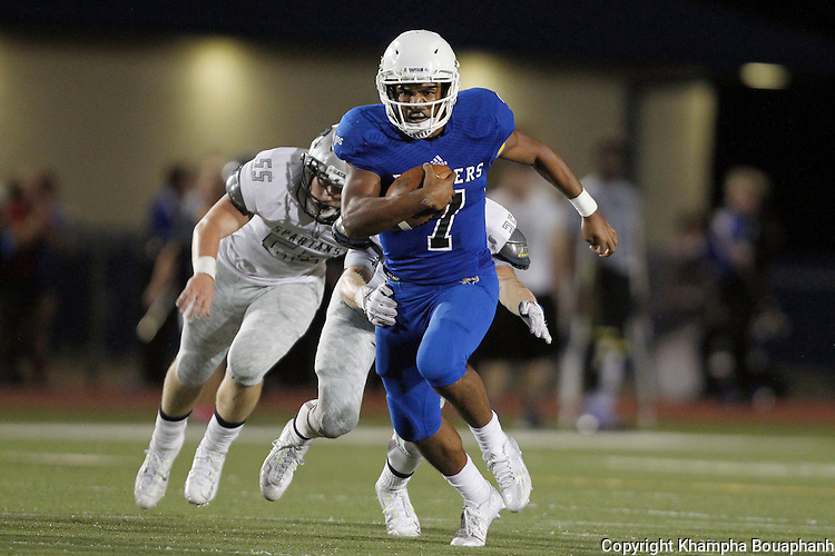 Saginaw Boswell plays Burleson Centennial in high school football in Fort Worth on Friday, September 11, 2015. (photo by Khampha Bouaphanh)