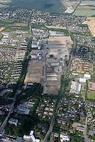 Depot: EUROPA, DEUTSCHLAND, SCHLESWIG- HOLSTEIN, GLINDE, (GERMANY), 24.06.2008: Depot Gelaende in Glinde, Bundeswehr, Umwandlung von Kaserne. Wohnraum, Baugrund, Flaeche. Bebaung, Bebauungsplan, Umwitmung,  Gebaeude, freie Flaeche, Freiflaeche, Platz , Raum, Investition, Luftbild, Luftansicht, Luftaufnahme, .. c o p y r i g h t : A U F W I N D - L U F T B I L D E R . de.G e r t r u d - B a e u m e r - S t i e g 1 0 2, 2 1 0 3 5 H a m b u r g , G e r m a n y P h o n e + 4 9 (0) 1 7 1 - 6 8 6 6 0 6 9 E m a i l H w e i 1 @ a o l . c o m w w w . a u f w i n d - l u f t b i l d e r . d e.K o n t o : P o s t b a n k H a m b u r g .B l z : 2 0 0 1 0 0 2 0  K o n t o : 5 8 3 6 5 7 2 0 9.C o p y r i g h t n u r f u e r j o u r n a l i s t i s c h Z w e c k e, keine P e r s o e n l i c h ke i t s r e c h t e v o r h a n d e n, V e r o e f f e n t l i c h u n g n u r m i t H o n o r a r n a c h M F M, N a m e n s n e n n u n g u n d B e l e g e x e m p l a r !.